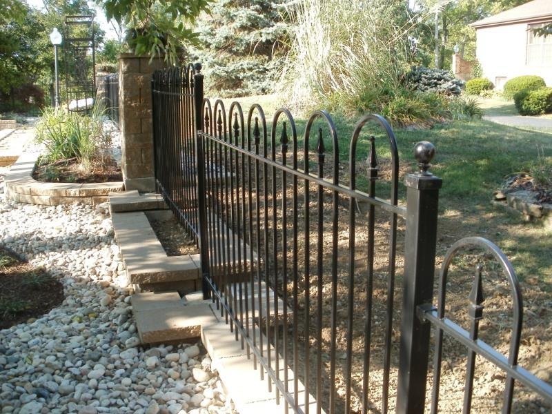 4 Foot Tall Victorian Style Hoop and Picket Iron Fence