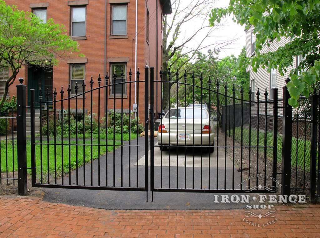 Double or Single Gate?  Both have Pros and Cons for Your Iron or Aluminum Driveway Gate
