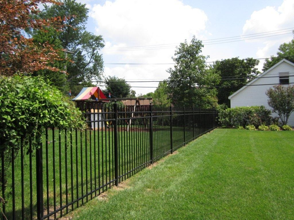 5ft Tall Aluminum Fence Installation
