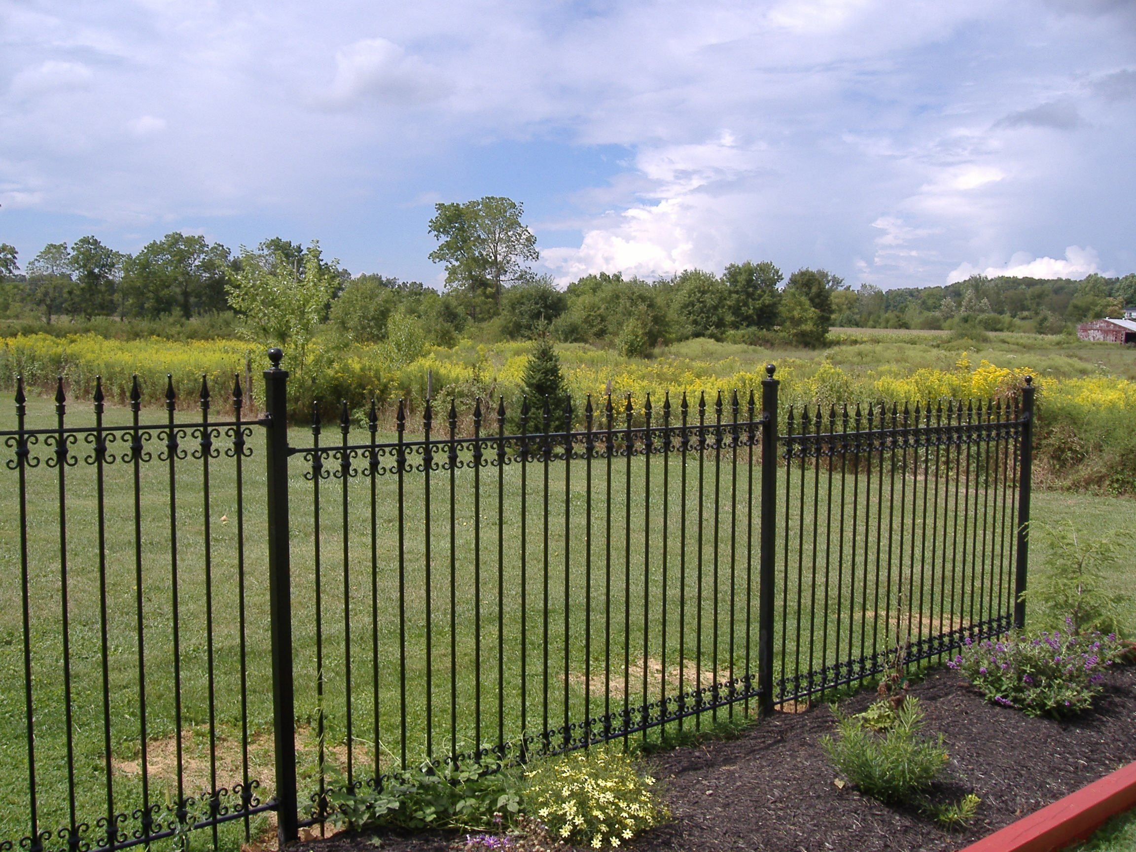 How To Install Iron Fence Or Aluminum Fence On A Hill