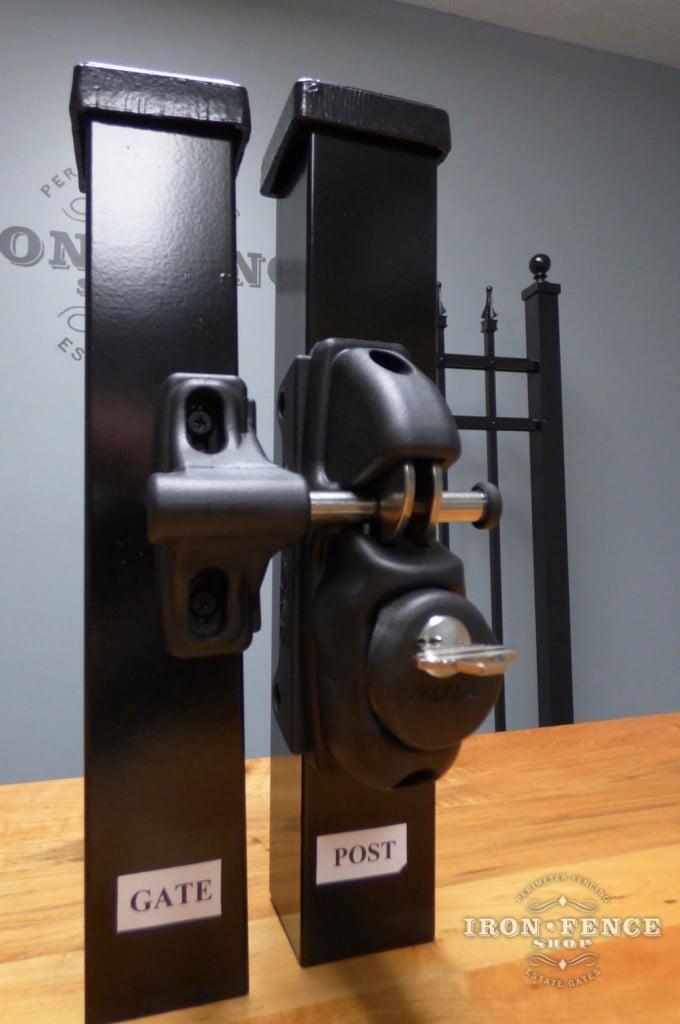 Key Lockable Cobra Latch for Iron and Aluminum Gates