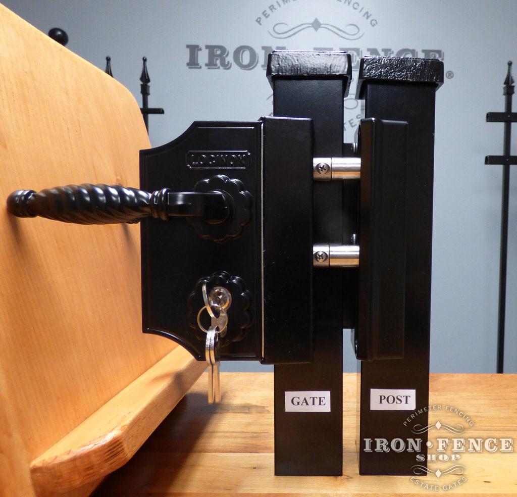 Locinox All-Metal Ornamental Latch with Deadbolt, Handle and Key Lock