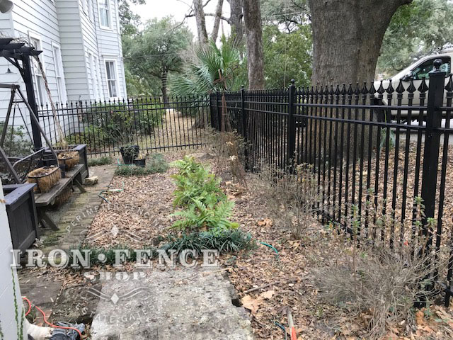 4ft Tall Infinity Aluminum Fence in Classic Style and Signature Grade