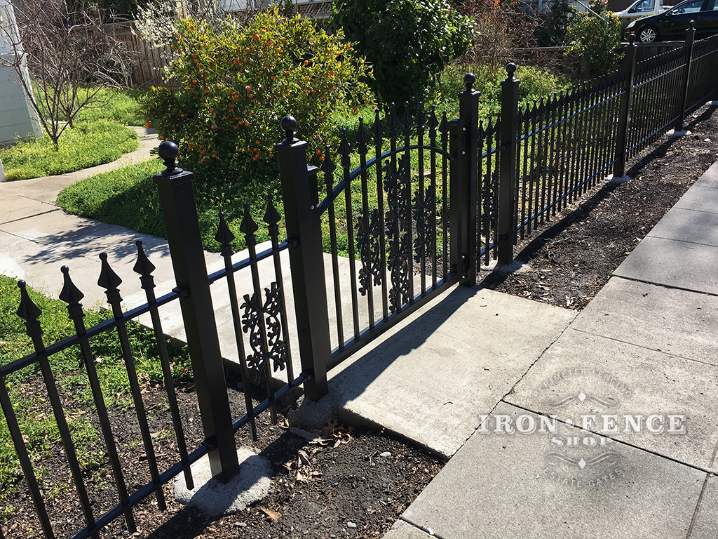 3ft Tall Classic Style Wrought Iron Arch Gate with Oak Decorations