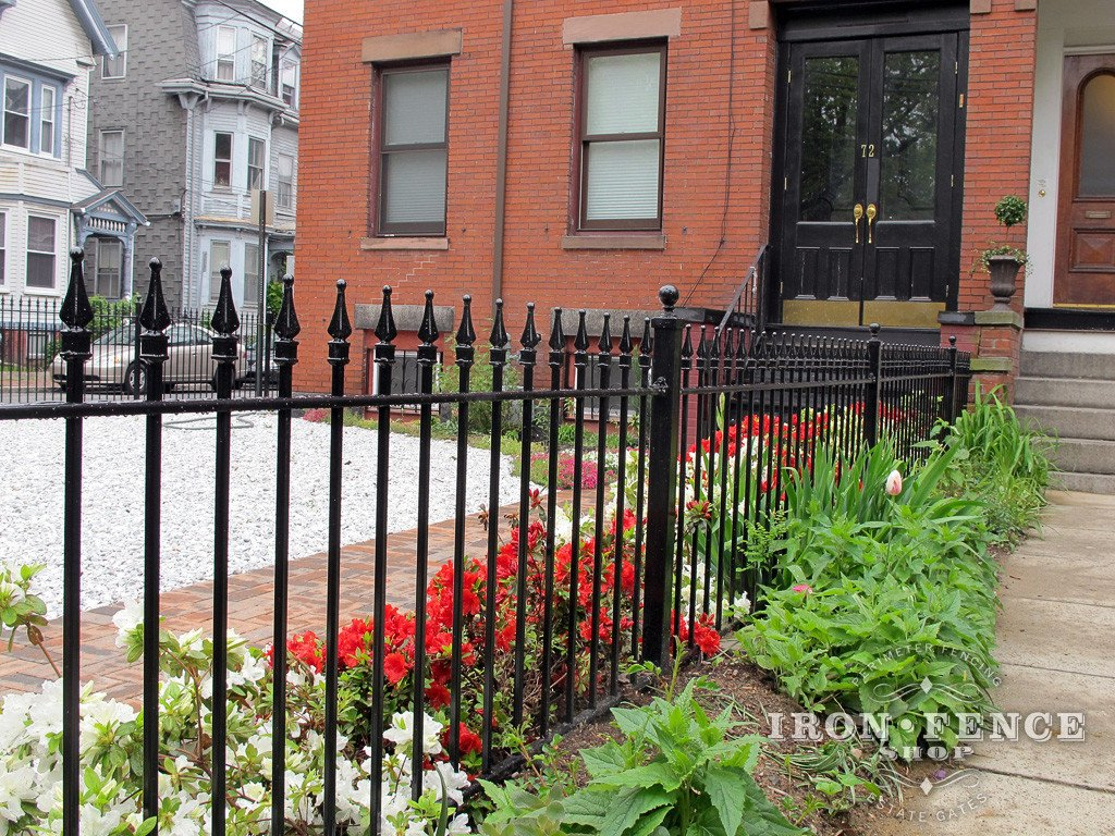 Our 3ft Tall Classic Style Iron Fence in Traditional Grade